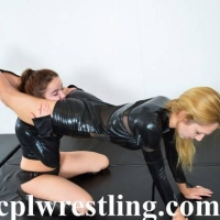 DSC_0209-1 Bella vs Rosalei Leather Outfit  - Gallery