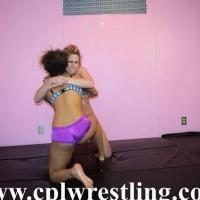 DSC_0866 Evangeline Paige facesitting Match