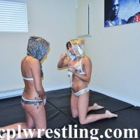 DSC_0874 Sara vs Mia Hood Rat Match - Gallery