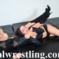 DSC_6965 Bella vs Rosalei Leather Outfit  - Gallery