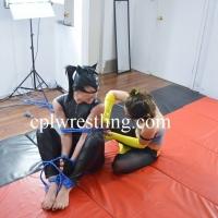 DSC_0056 CPL-HN-1 Catwoman vs Batgirl
