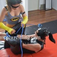DSC_0998 CPL-HN-1 Catwoman vs Batgirl